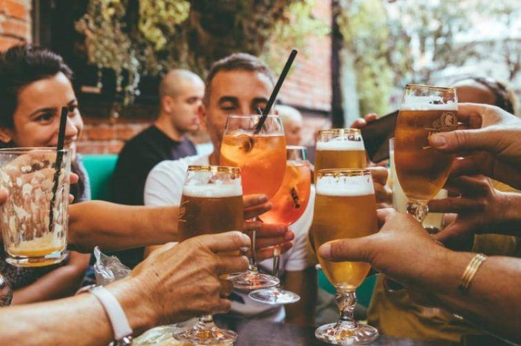 تخفيف القيود في ألمانيا / فتح المطاعم في بافاريا