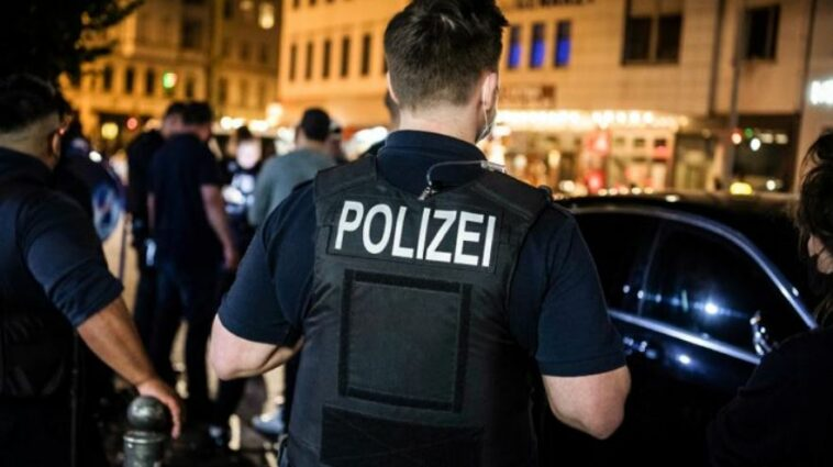 """ألمانيا: أكثر من 300 شخص في حفل """"غير قانوني"""" في قبو مستشفى سابق في برلين"""