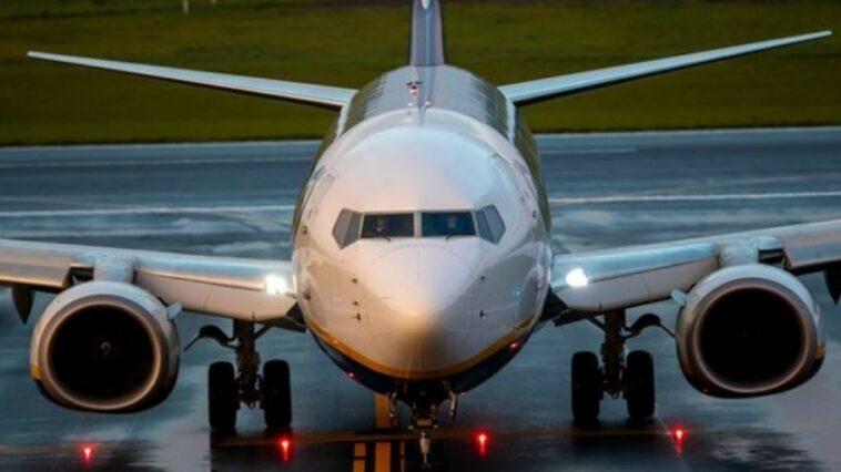 تفتيش طائرة لشركة لوفتهانزا الألمانية بعد تهديد بوجود قنبلة