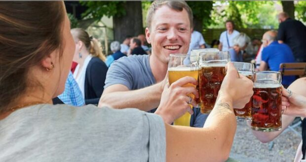 تخفيف القيود في ألمانيا: برلين تفتح المقاهي والمطاعم وولاية ألمانية ترحب بالسياح