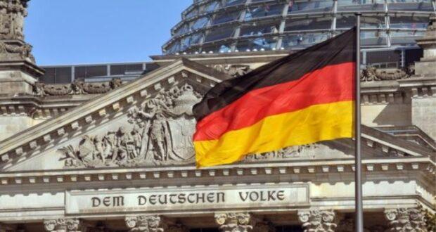 البرلمان الألماني يمدد حالة الطوارئ الوبائية في ألمانيا