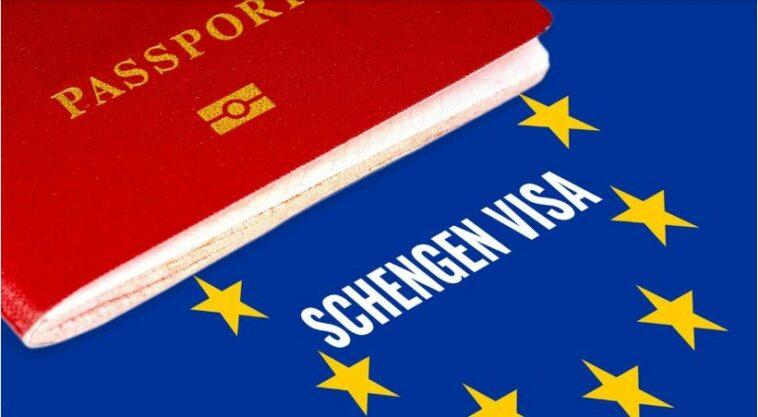الاتحاد الأوروبي يشدد قوانين منح تأشيرات شنغن