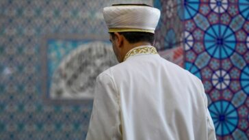 إمام صنع في ألمانيا.. برنامج تدريب الأئمة المسلمين في ألمانيا