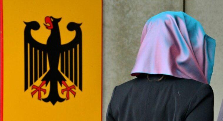 منع الحجاب في أماكن العمل ألمانيا