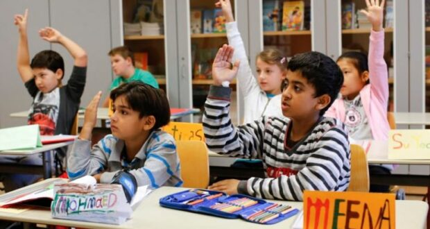 ألمانيا اندماج أطفال اللاجئين في نظام التعليم الألماني