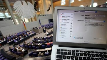 الاتحاد الأوروبي يتهم روسيا بشنّ هجمات إلكترونية على الانتخابات الألمانية
