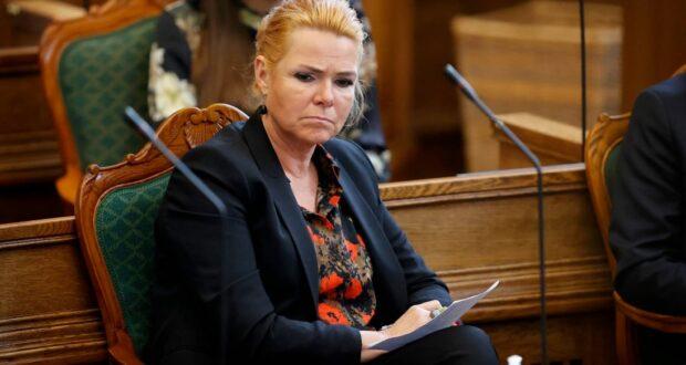 محاكمة وزيرة الهجرة الدنماركية السابقة