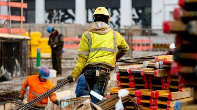 عمال البناء في ألمانيا يطالبون بزيادة الأجور ويهددون بالإضراب في جميع أنحاء البلاد
